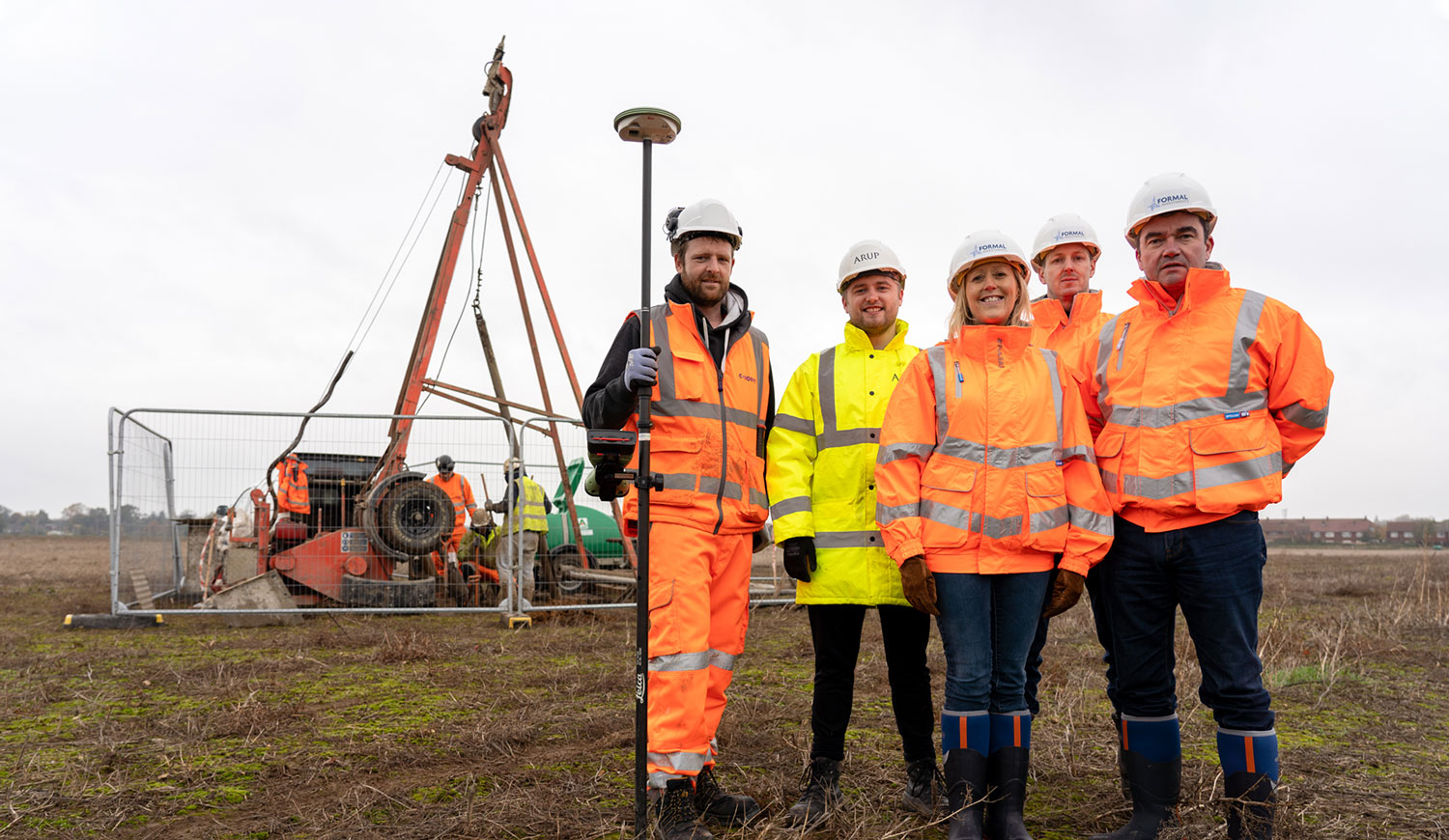 (l-r) Dave Hatton of Concept Consultants and Ben Weller of Arup, Julie Gates, Nicholas King and Richard Jones of Formal Investments at Rectory Farm